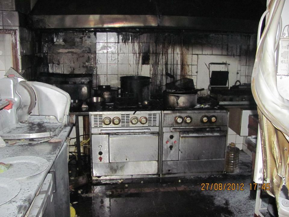 """Požár v kuchyni restaurace """"U Šlechtů"""", Milovy"""