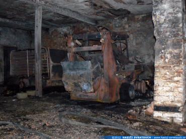 Požár zemědělského objektu ve Svratouchu
