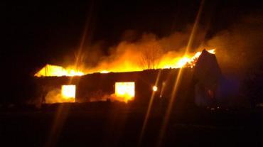 Požár zemědělského objektu v obci Kladno