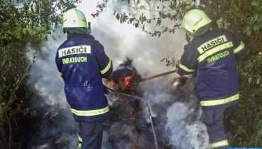 Požár slámy v obci Čachnov